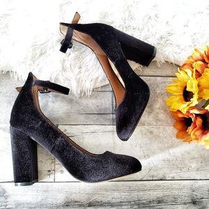 Steve Madden Vivi black velvet block heels 6.5M